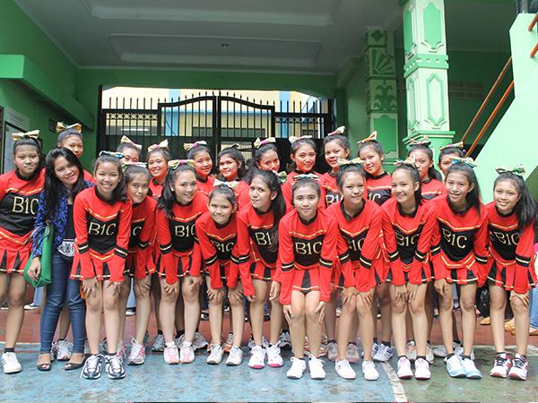 Cheer Leader Dan Seni Dance Modern